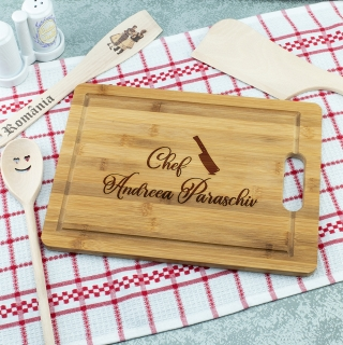 Cadou personalizat Tocator din lemn - Chef hotarat