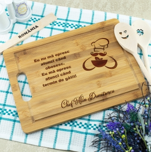 Cadou personalizat Tocator din lemn - Gatesc cu spor